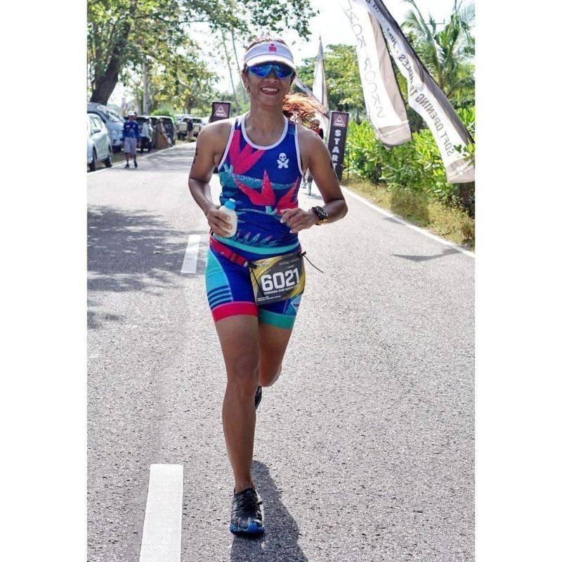 Narita Diyan mengikuti lomba triathlon