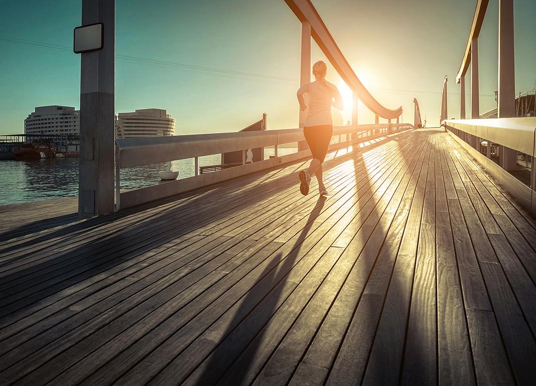 Lari di siang hari