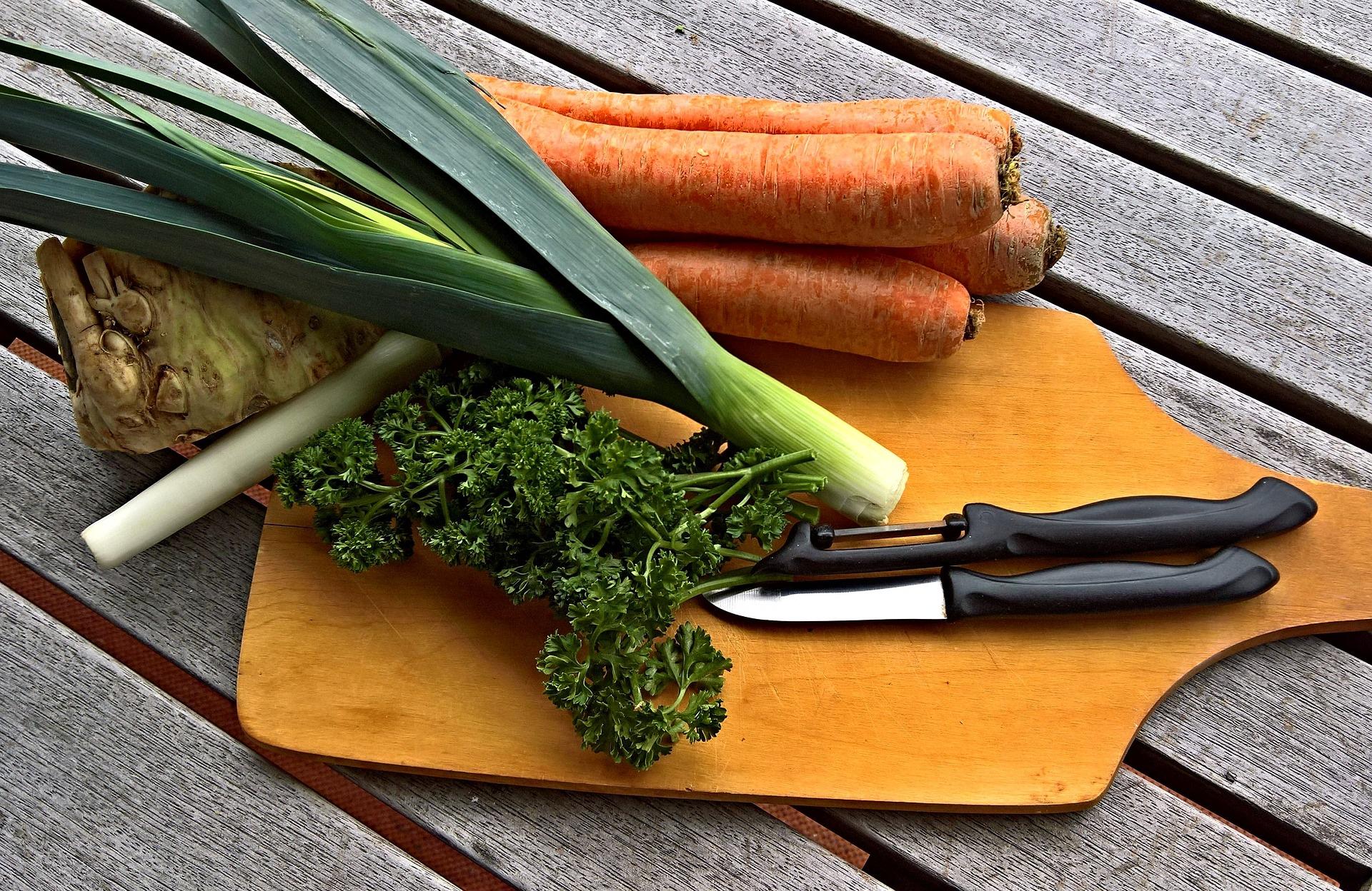 Wortel, Selederi, Daun bawang, Bahan Sayuran Sup