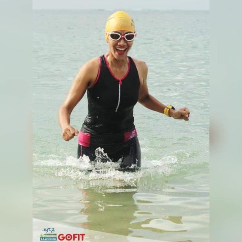Narita tidak bisa berenang sebelum dia ikuti lomba triatlon
