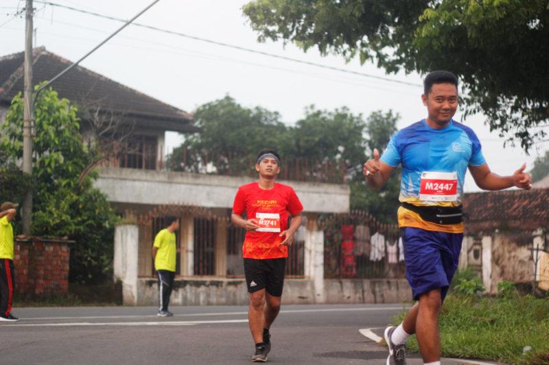 pelari Kediri Half Marathon