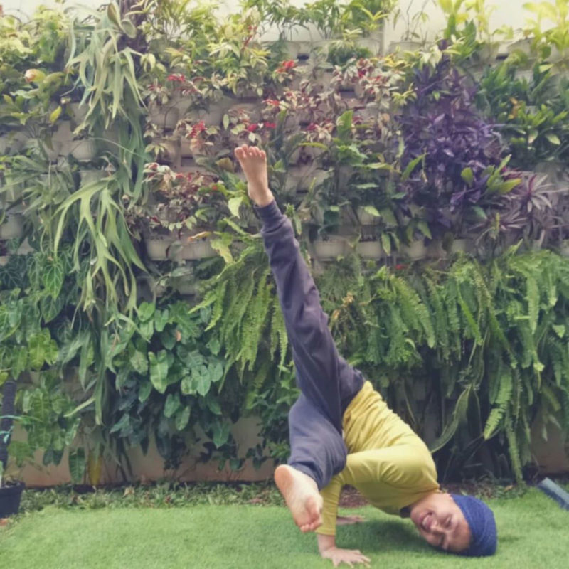 Deti, founder MAD Yoga