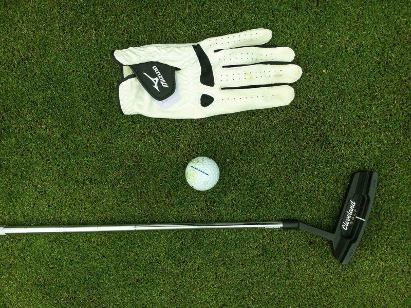 sarung tangan golf