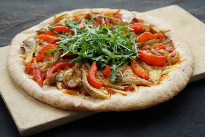 pizza vegan topping jamur